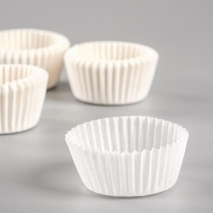 Форма для выпечки белая, 3 х 1,8 см