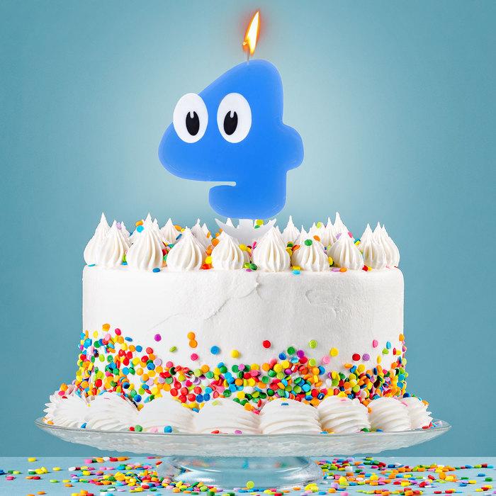 """Свеча в торт цифра 4 """"С днем рождения, малыш"""""""