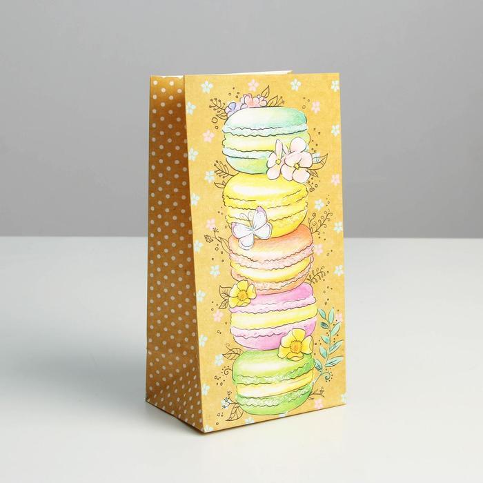 Пакет подарочный без ручек «Вкусняшки», 10 ? 19.3 ? 7 см