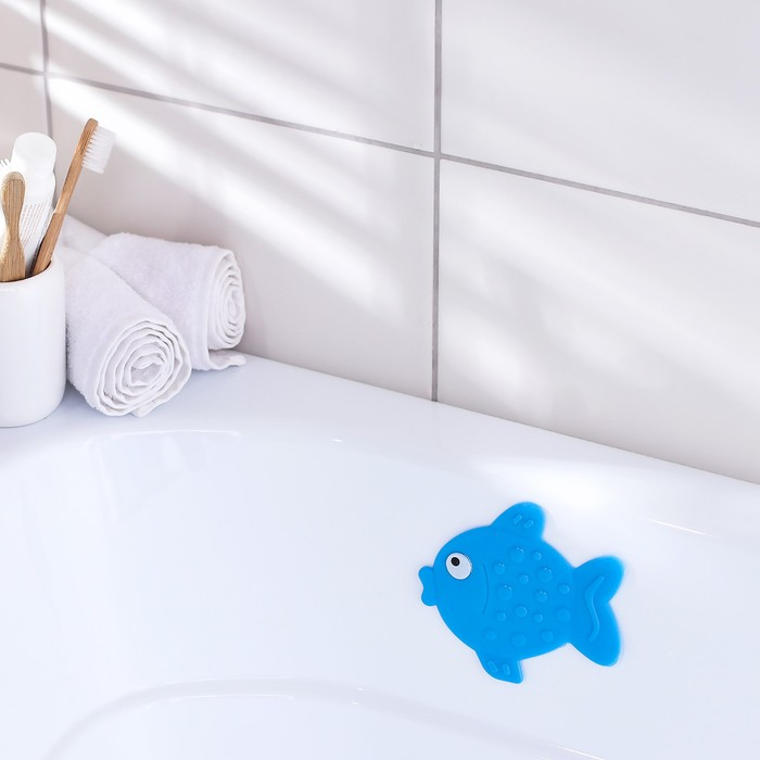 Мини-коврик для ванны «Рыбка», 11?13,5 см, цвет синий