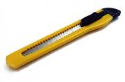 Резак канцелярский малый, 9 мм, инд пакет с подвесом,  (SPONSOR)